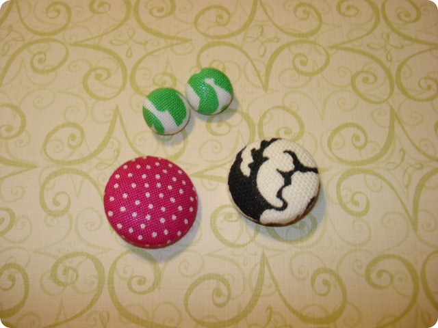Fabric Covered Buttons, She Made it (7)