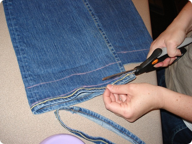 Hem Your Jeans, She Made it Crafts (7)