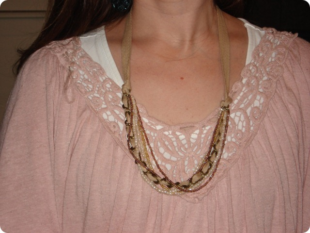 Mday Necklace, She Made it Crafts (2)