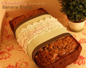 Strawberry Vanilla Banana Bread 32turns (10)